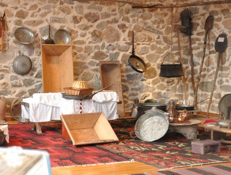Folklore Museum of Monopigado